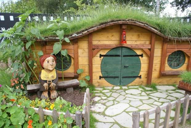 hobbit-331826_1280